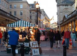 Bath Pre Christmas shopping. Click pricture for present ideas and / or shopping!