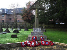 Whyteleafe, war memorial, Surrey © Stephen Craven